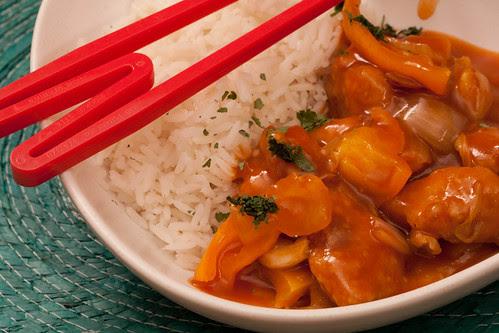 Crispy chicken in sweet & sour sauce / Krõbe kana magushapus kastmes