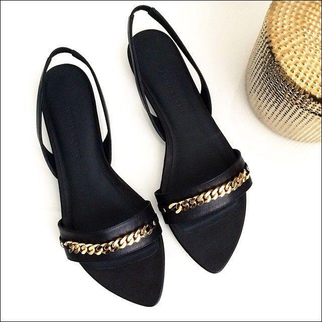 8 Le Fashion Blog Instagram Jenni Kayne Chain Slingback Sandals photo 8-Le-Fashion-Blog-Instagram-Jenni-Kayne-Chain-Slingback-Sandals.jpg