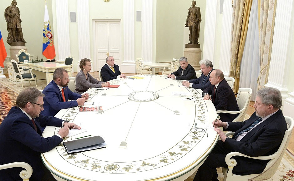 Meeting with candidates for post of Russian Federation President.
