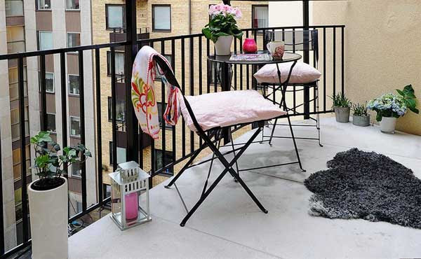15 Charming Decorating Ideas for Your Balcony, Spring Decorating Ideas