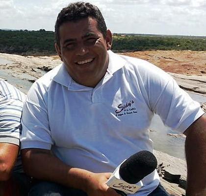 Isaac trabalhou por muitos anos na Sidys TV a Cabo, além de vparios outros meios de comunicação de C. Novos e de outros estados do Brasil.