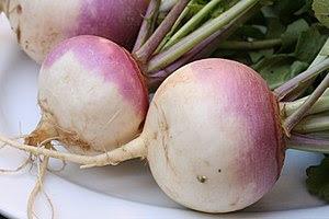 Turnips (Brassica rapa) Français : Navets Espa...
