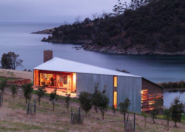 slide-dezeen-john-wardle-architects-shearers-quarters-north-bruny-island-tazmania-1