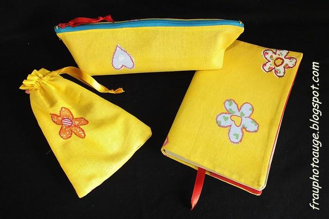Kollektion Gelb mit Blume