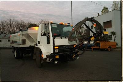 maquina bacheadora camion baches comprada por la municipalidad arreglos calles maquina bacheadora camion baches comprada por la municipalidad arreglos calles