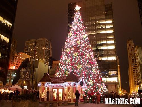 Christmas Tree at Chicago Daley Plaza
