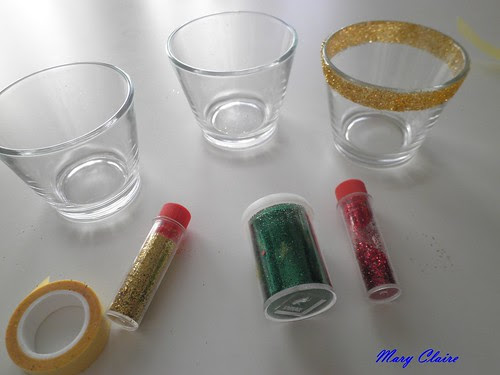 candeline su bicchierini con perline