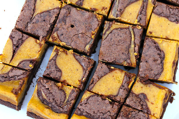 pumpkin cheesecake brownies and 20 Thanksgiving Day Recipes and a Bonus Turkey Leftover Recipe