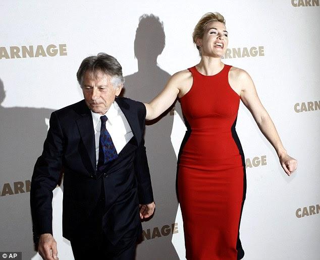 Não se acanhe: Diretor Roman Polanski tentou fazer uma rápida saída fora do tapete vermelho