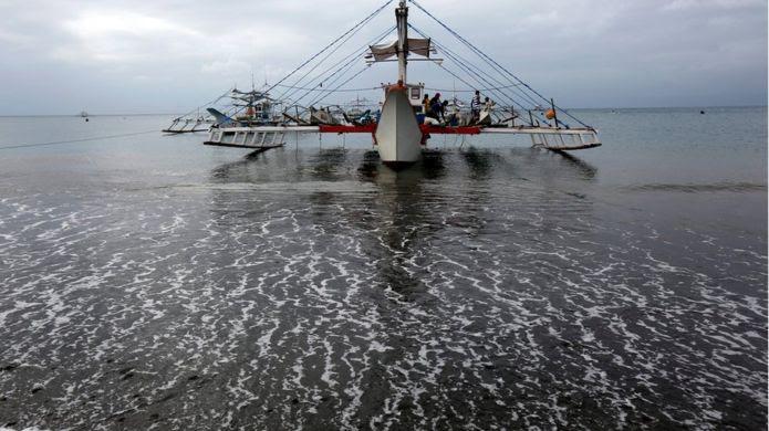 Tàu cá Philippines