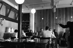 Bar Tartine - Crowd