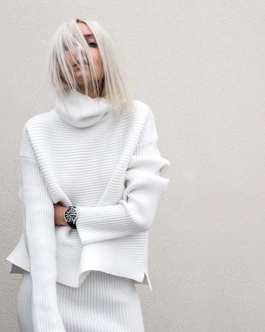 photo Le-Fashion-Blog-15-White-Sweaters-To-Shop-Now-Chunky-White-Turtleneck-Via-figtny.jpg