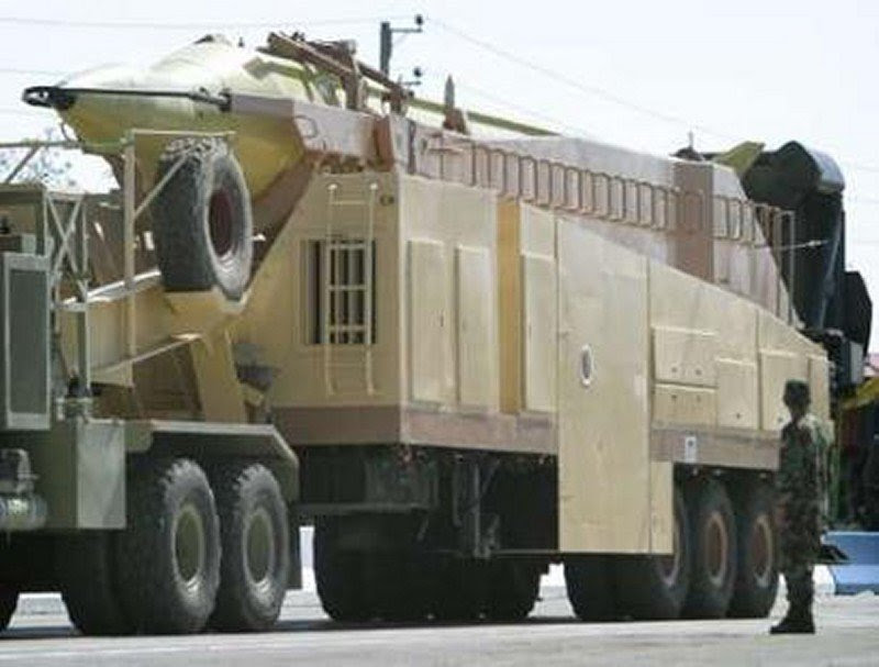 Iranian Shahab-3 / Zelzal-3 (Earthquake) missile on mobile launching platform