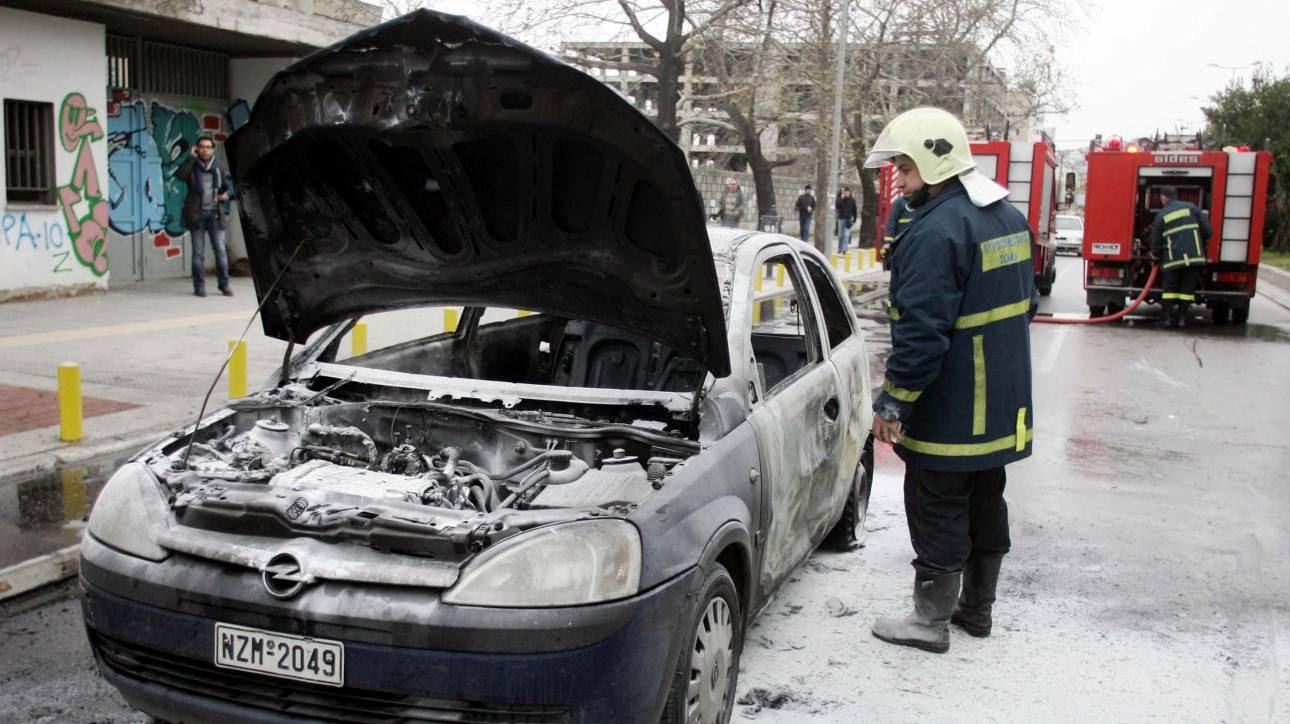 Απανθρακωμένο πτώμα βρέθηκε μέσα σε αυτοκίνητο στην Αιτωλοακαρνανία