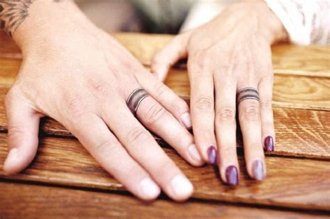 Super cool engagement and wedding ring tattoo ideas for