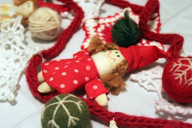 wooly i-cord garland