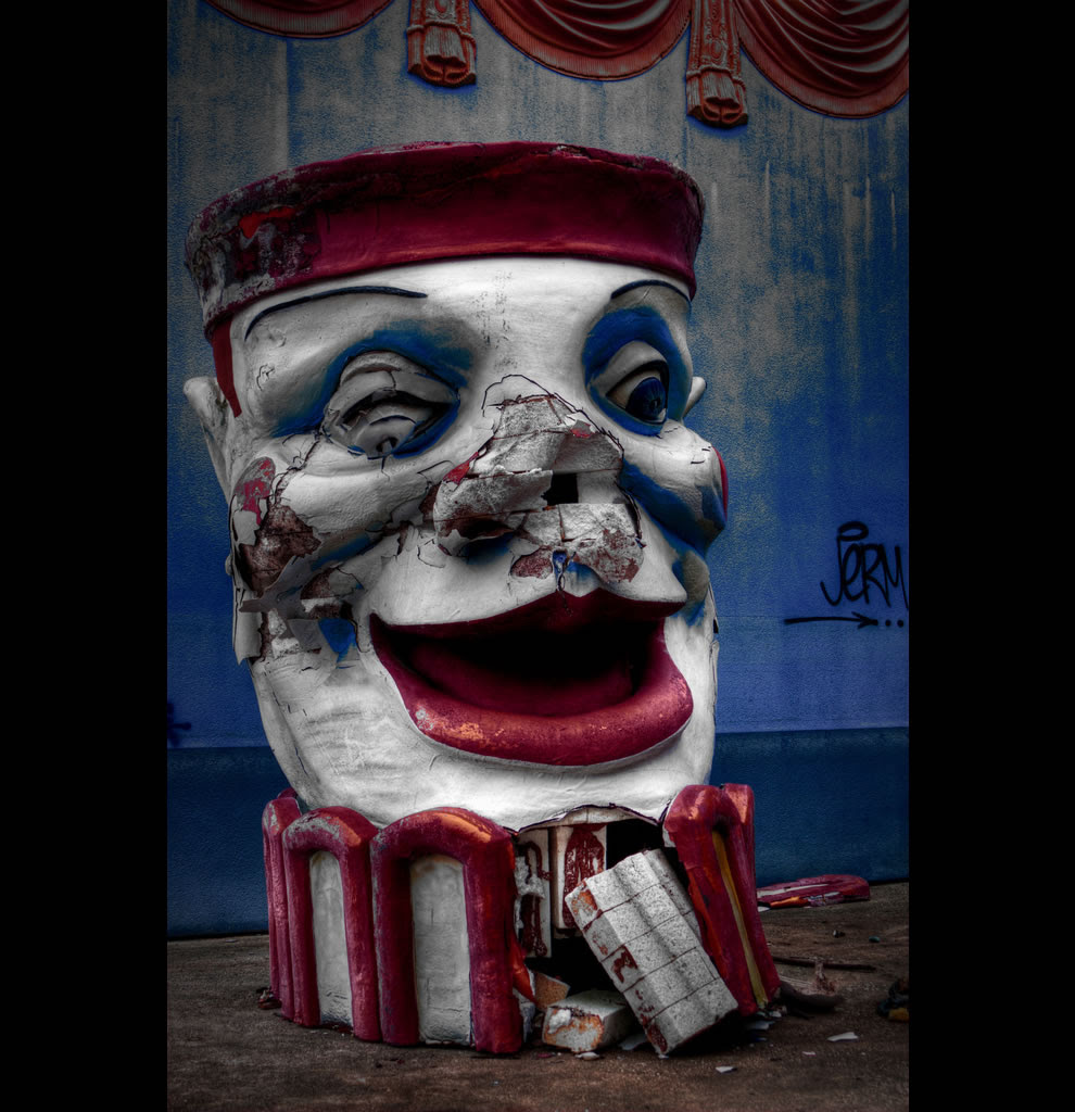 Clownicide - abandoned Six Flags - New Orleans