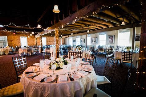 Larkins Cabaret Room Wedding Photos and Info   JJones Photo