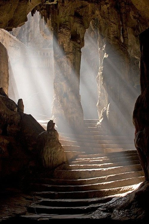 A legend told by the people of Phetchaburi for centuries maintained that the entrance to this cave in Thailand was a portal to an inter-dimensional town inhabited solely by young maidens.