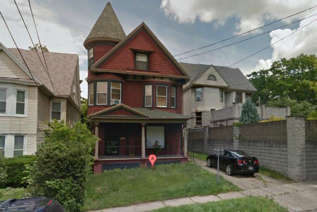 Πωλείται σπίτι ως «ελαφρώς στοιχειωμένο»