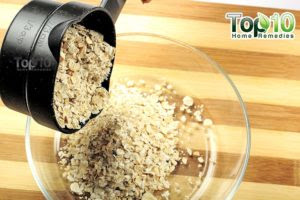 Soothe your eczema too calm your angry pare amongst this slowly oatmeal Easy Homemade DIY Oatmeal Mask for Eczema