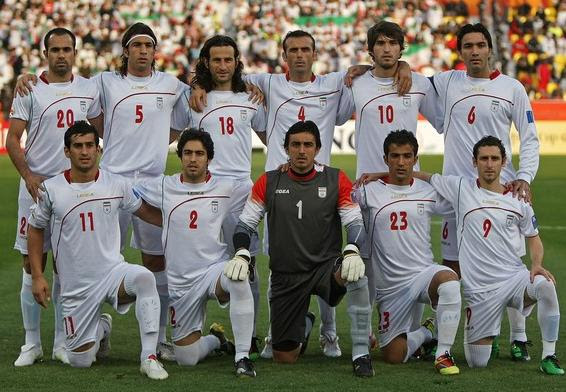 Iran-10-11-LEGEA-home-kit-white-white-white-line up.JPG