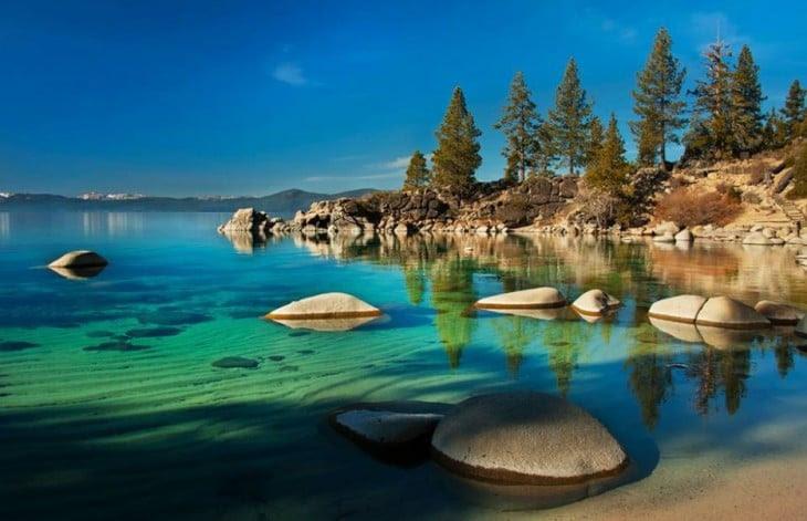 lago tahoe  azul claro