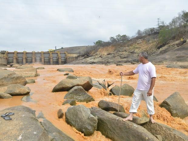 Lama de rejeitos de minério de ferro, em Baixo Guandu (Foto: Guilherme Ferrari/ A Gazeta)