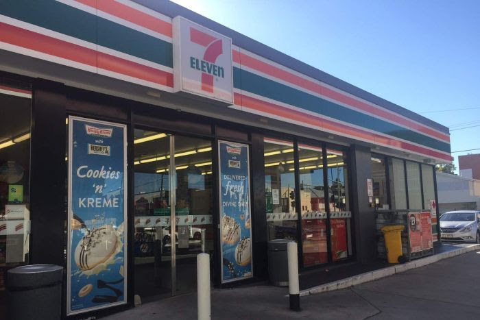 7-Eleven store on Vulture Street