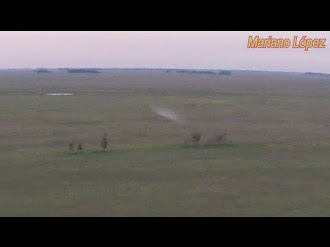 Ovni Filmado desde un drone al atardecer - 4K - UFO sightings