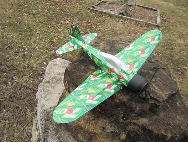 7-up Plane