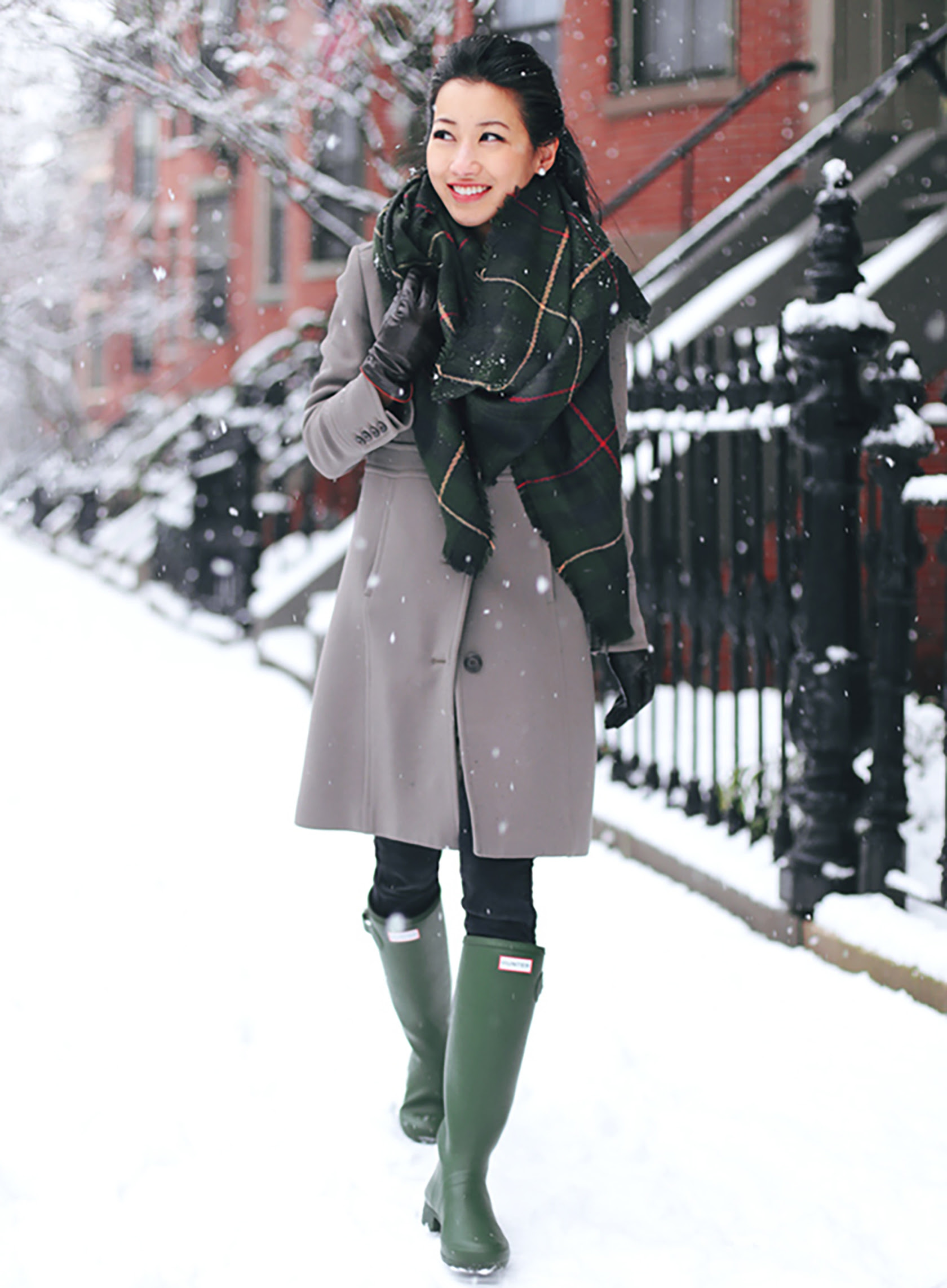 six winter outfit ideas using pantone's greenery color trend