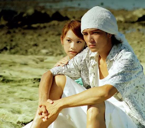 Kết quả hình ảnh cho 台湾小生邱泽和杨丞琳一起出演《原味的夏天》