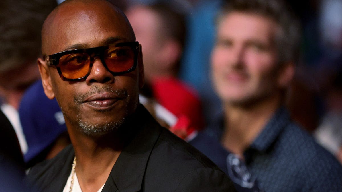 1,000 Netflix Employees Are Reportedly Planning Walkout to Protest New Chappelle Special