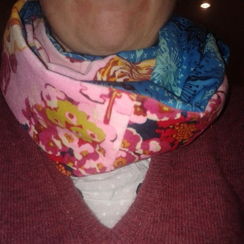 Ignore my blotchy chin. I finished my velveteen and voile scarf