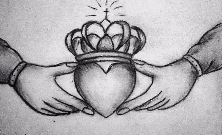 Claddagh Queen Crown Tattoo Design