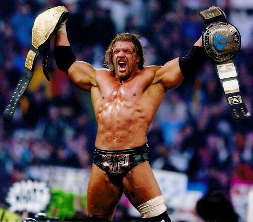 Resultado de imagem para triple h wwe world heavyweight champion