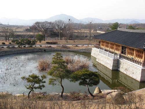Lake @ Gyeongju National Museum