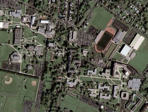 Google商用卫星传回首张高清晰照片