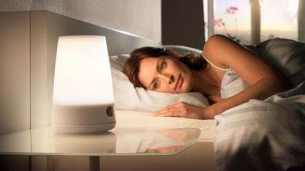 إضاءة الغرفة أثناء النوم تسبب زيادة الوزن