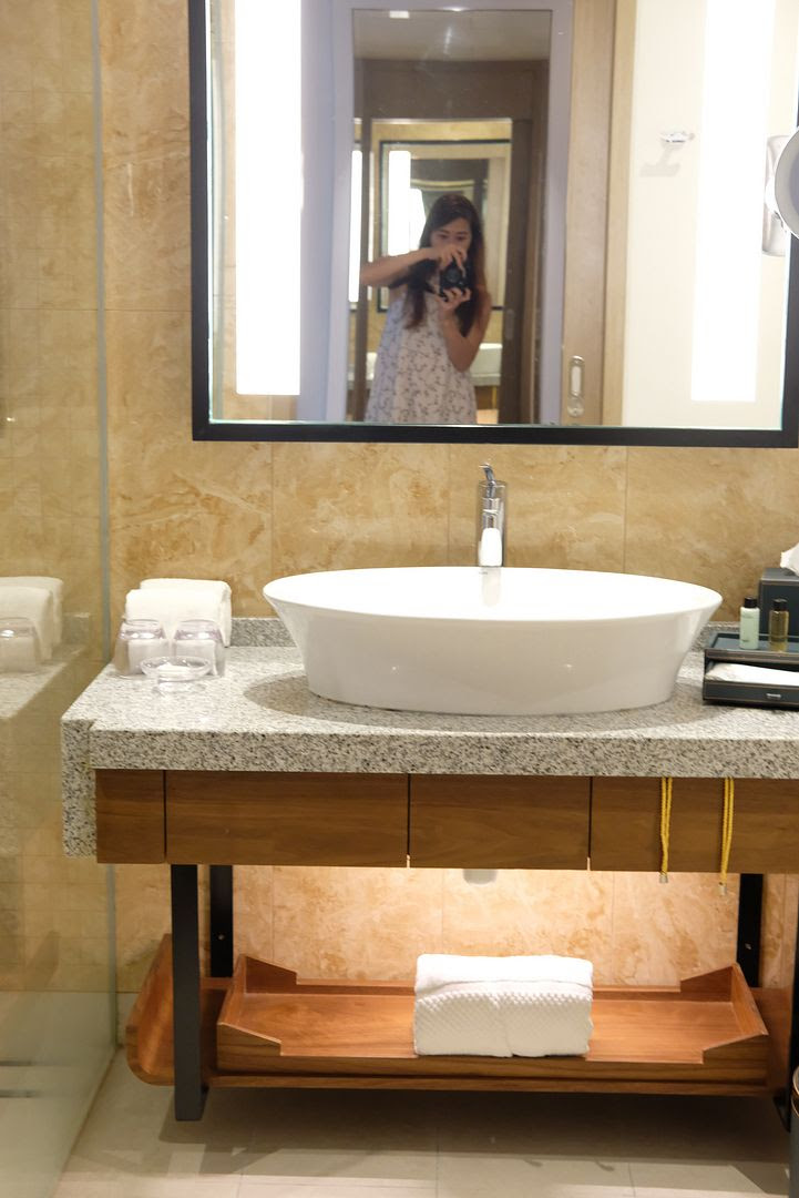photo Amari Hotel JB bathroom.jpg