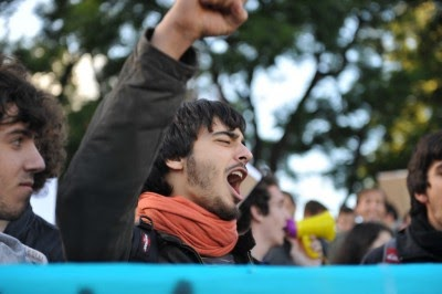 Portugal: Estudantes universitários convocam manifestação nacional para dia 22