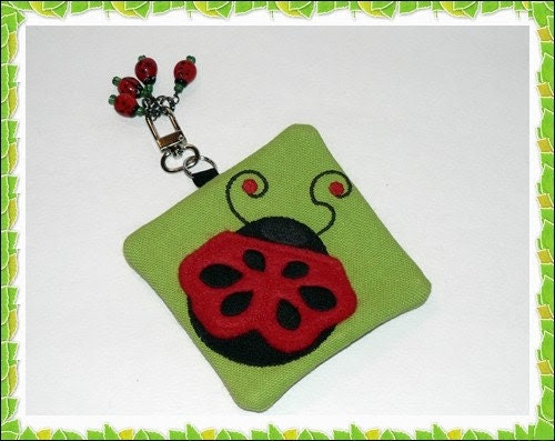 Ladybug Little notions zipper pouch whit 4 stitch markers
