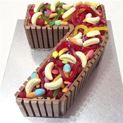 Kit Kat Lolly Number Cake ? Burnt Butter Cakes