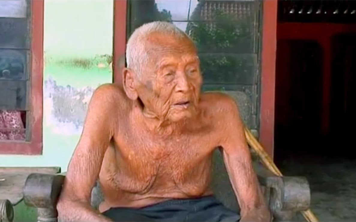 IMG MBAH GOTHO, Oldest Man in History, Indonesia
