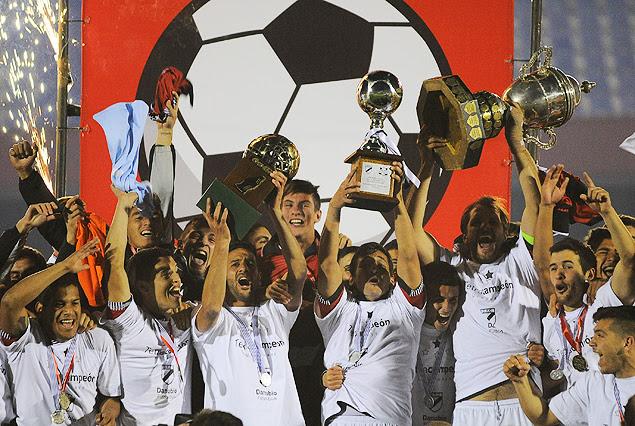 Danubio Campeón Uruguayo 2013/2014.