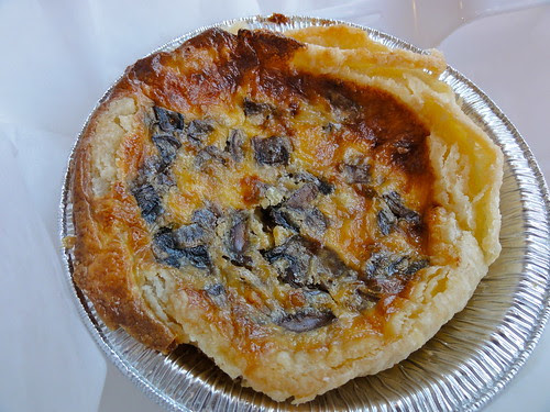 Mushroom and asiago quiche