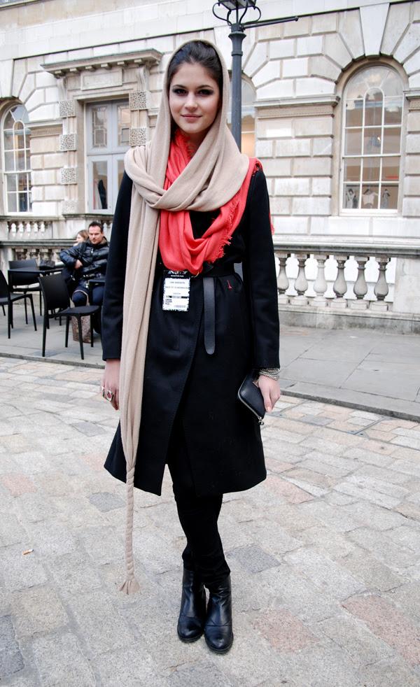 head_scarves_london_fashion_week