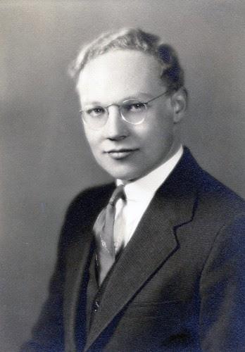 Wilbur Frazel by midgefrazel
