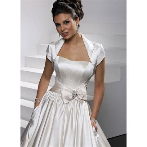 1000  images about Off the rack Gowns on Pinterest